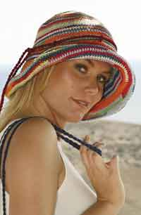 Drops Hat in Muskat Soft & Muskat