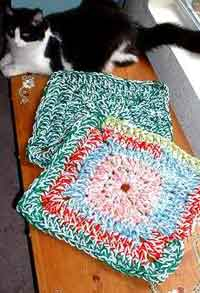 Free Crochet Pattern Pet Blanket : Over 100 Free Pets Crochet Patterns at AllCrafts.net ...
