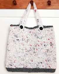 AnnieOfBlueGables: Plarn or Plastic Yarn for a Crocheted