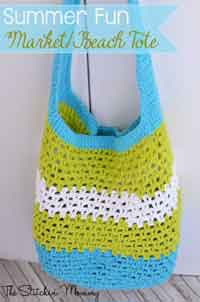 Over 150 free crochet purse tote and bag patterns at allcrafts simple iphone sleeve crochet pattern summer fun tote dt1010fo