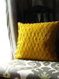 Felt Lattice Pillow Sewing Tutorial