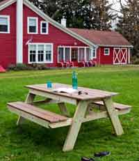 Build the Perfect Picnic Table